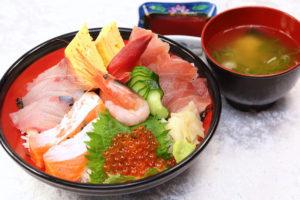 日本海海鮮丼¥1080